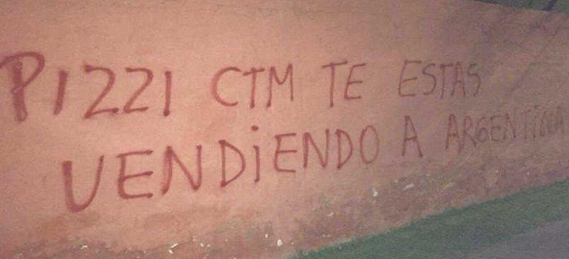 Duras amenazas a Pizzi por dejar a Marcelo Díaz afuera de la Selección chilena