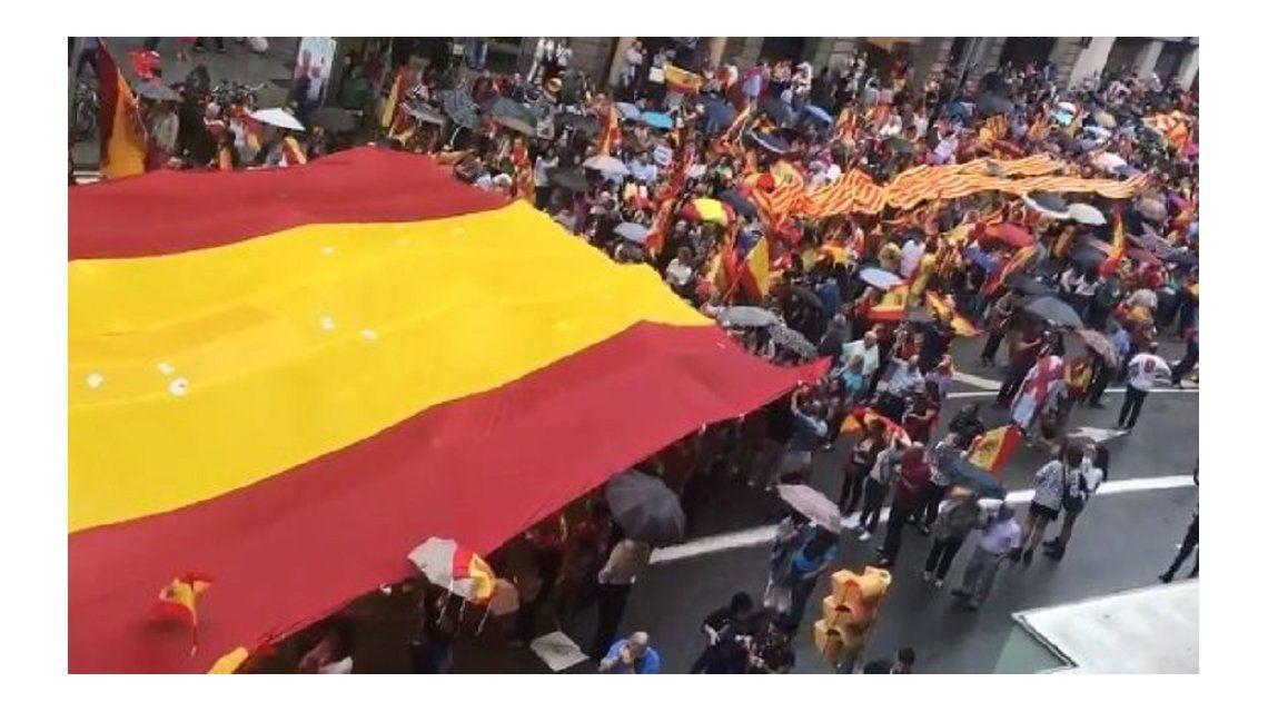Catalanes votan este domingo su independencia en medio de tensión