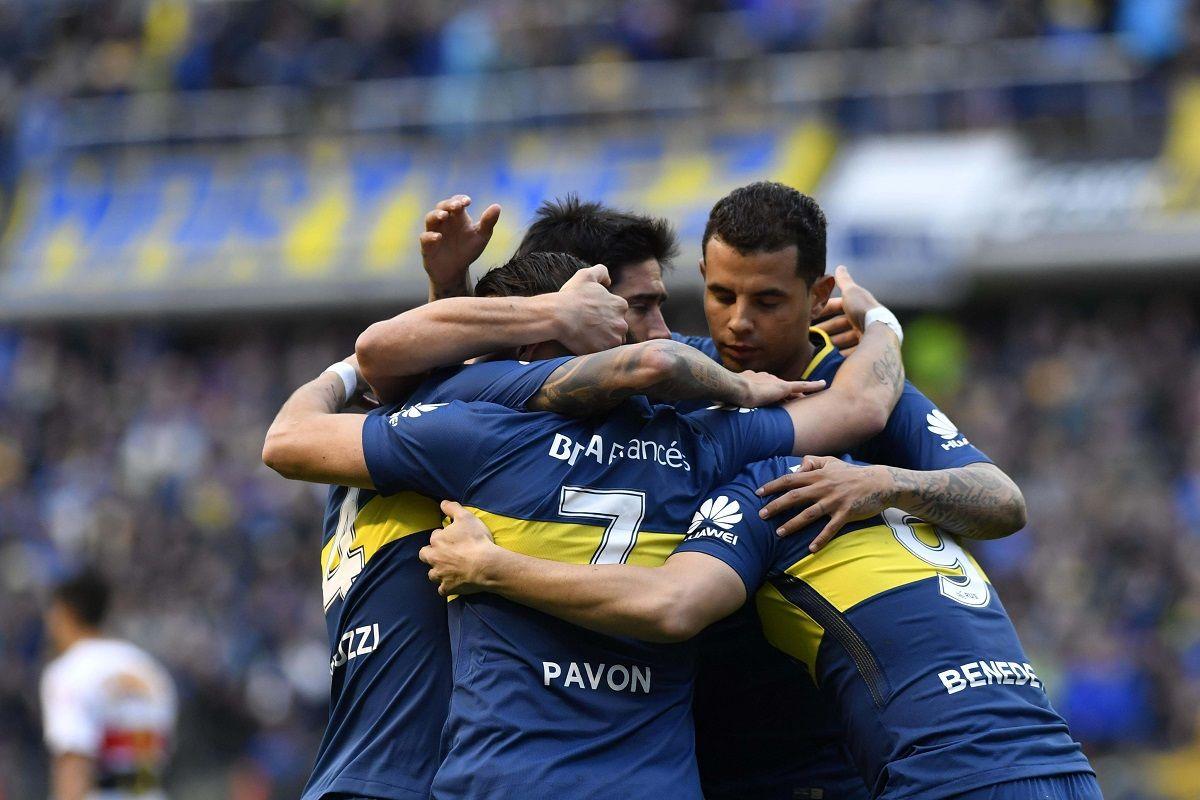 Boca le ganó con lo justo a Chacarita y continúa como único puntero