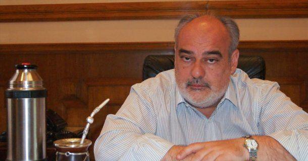 Ricardo Colombi, gobernador de <a href=