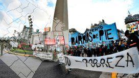 Ollas populares y cortes en los accesos de la Ciudad en pedido de la emergencia alimentaria