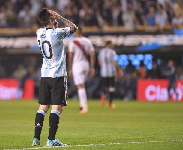 Messi se lamenta: Argentina está afuera del Mundial<br>