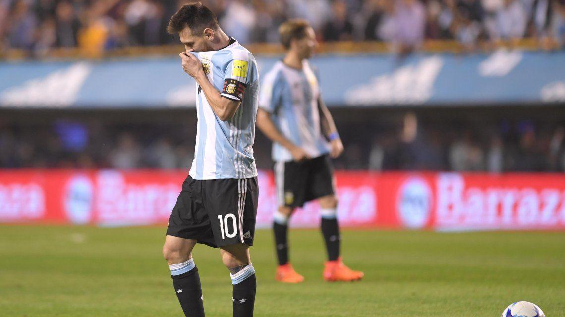 Messi se lamenta por el empate ante Perú