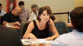 Diputada usó plata del Estado para enjuiciar a Twitter por publicar sus fotos hot