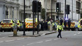 El hombre fue detenido por la policía tras atropellar a varios peatones