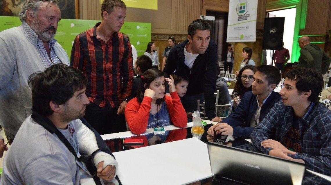 Mosca inauguró el primer Hackatón legislativo en la provincia