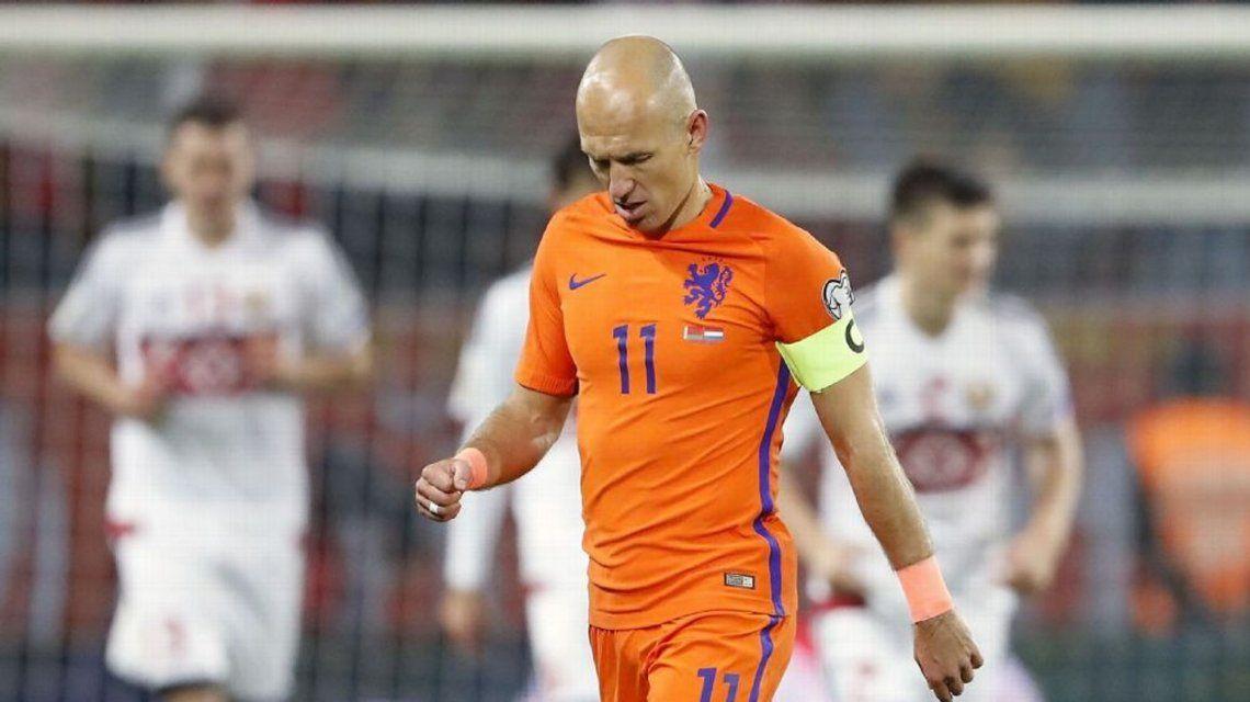 Ni Robben cree que Holanda pueda clasificar al Mundial