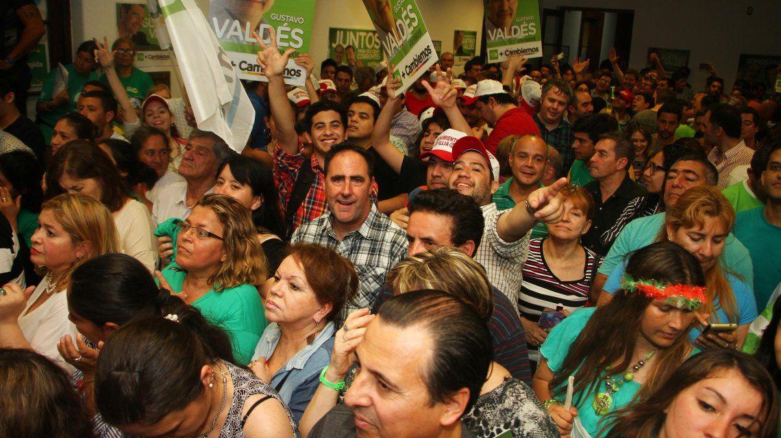 Celebración en el búnker de Gustavo Valdés