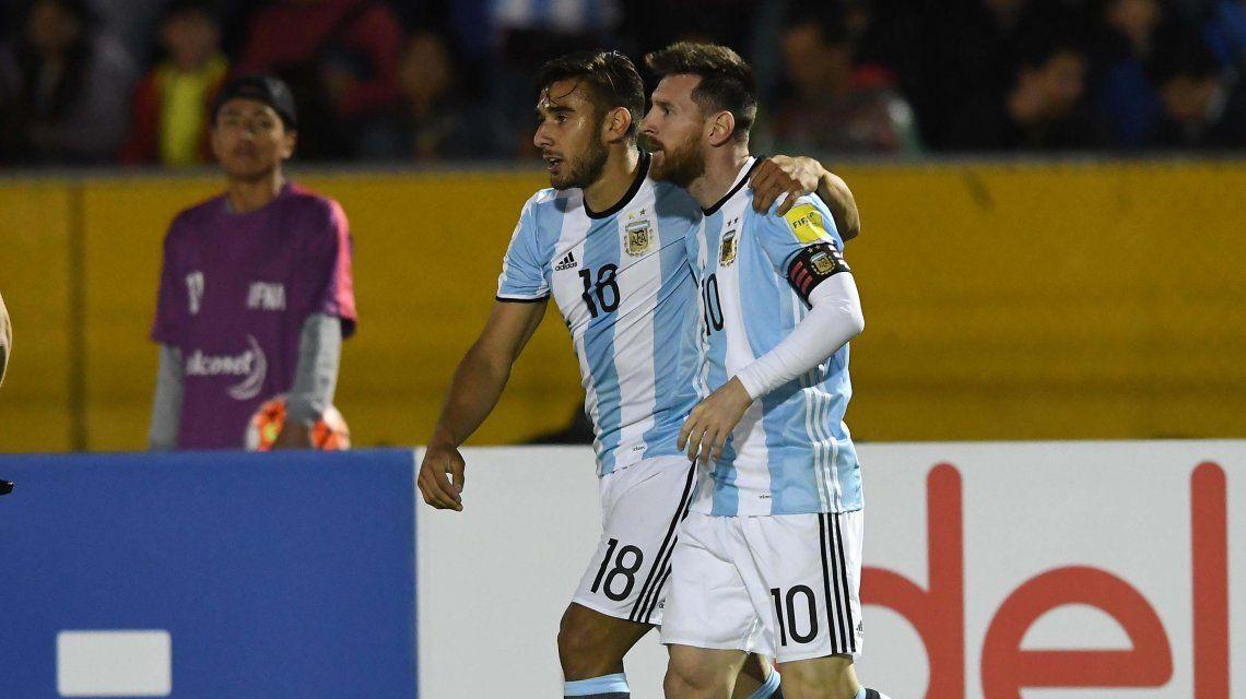 ¡Gracias, Leo! Messi dio vuelta el partido con un golazo y por ahora vamos al Mundial
