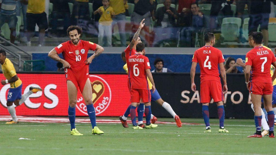Desazón de los hombres de Chile tras la derrota que los dejó afuera