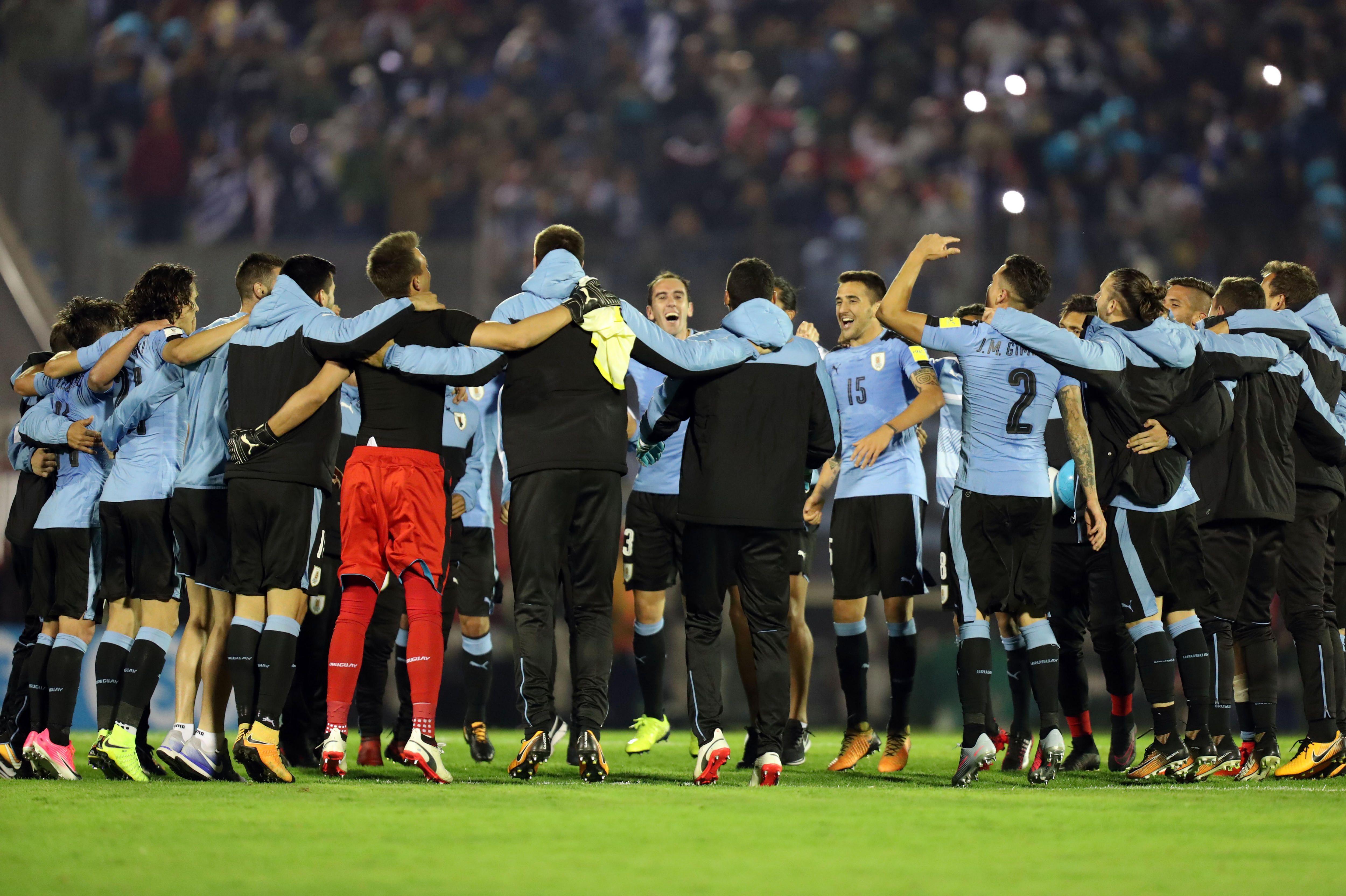 El festejo de la Selección uruguaya tras la victoria frente a Bolivia