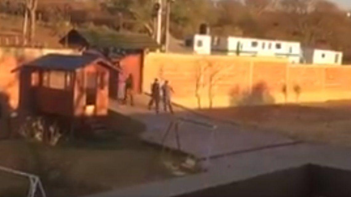 VIDEO: así ingresaron los policías para trasladar a Milagro Sala