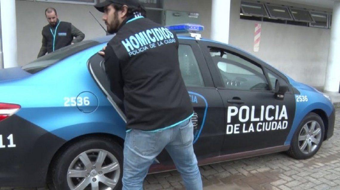 Detienen a dos hombres acusados de robar departamentos en Palermo