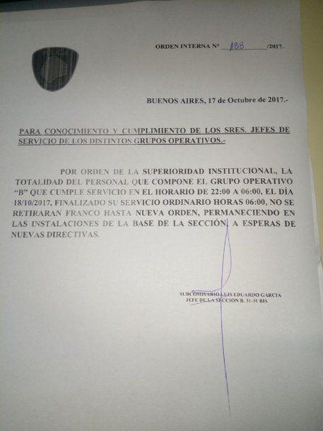 Policías acuartelados por Santiago Maldonado