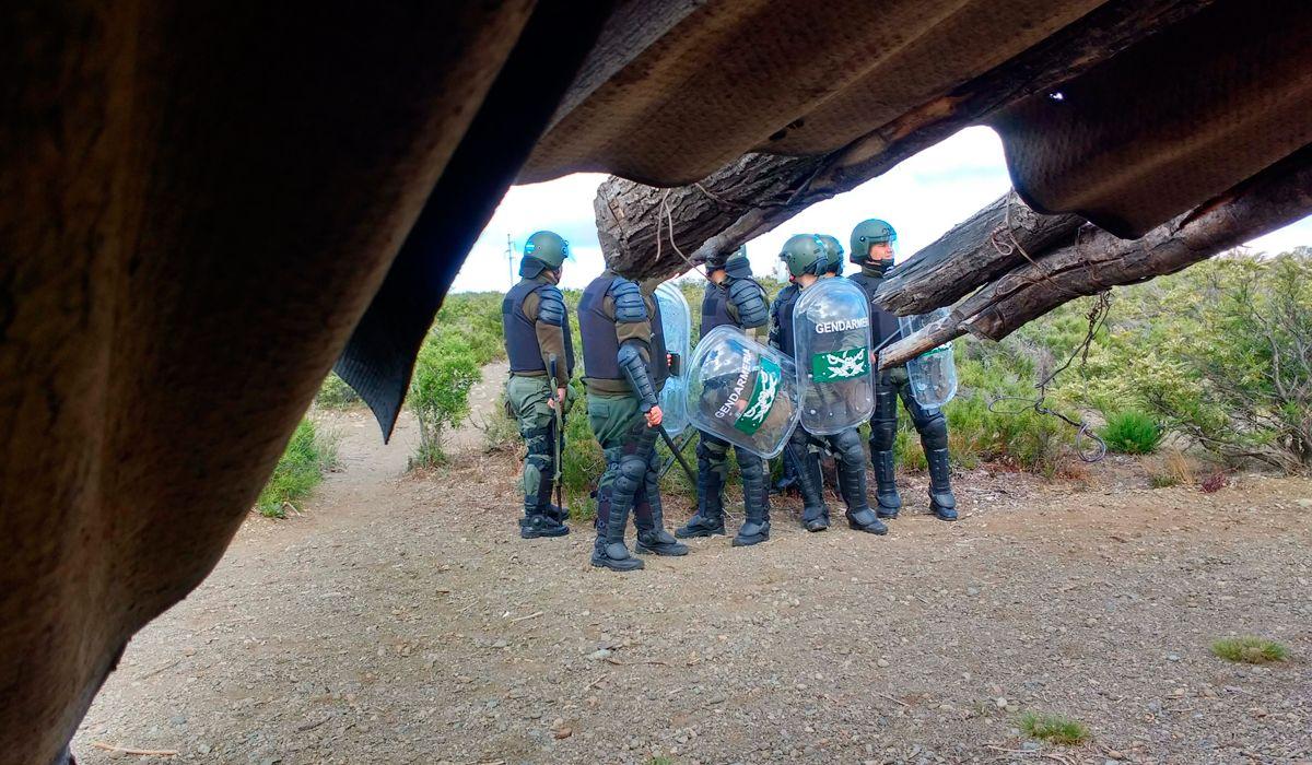 Para los mapuches, el cuerpo hallado en el Río Chubut fue plantado