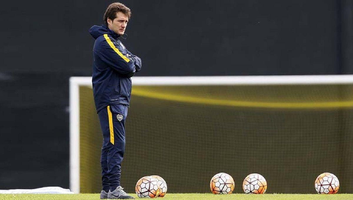 Ola de lesionados: un jugador de Boca abandonó el entrenamiento