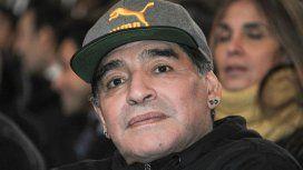 Maradona se mostró enojado en las redes sociales