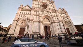 Se cayó una piedra de una iglesia y un turista murió aplastado