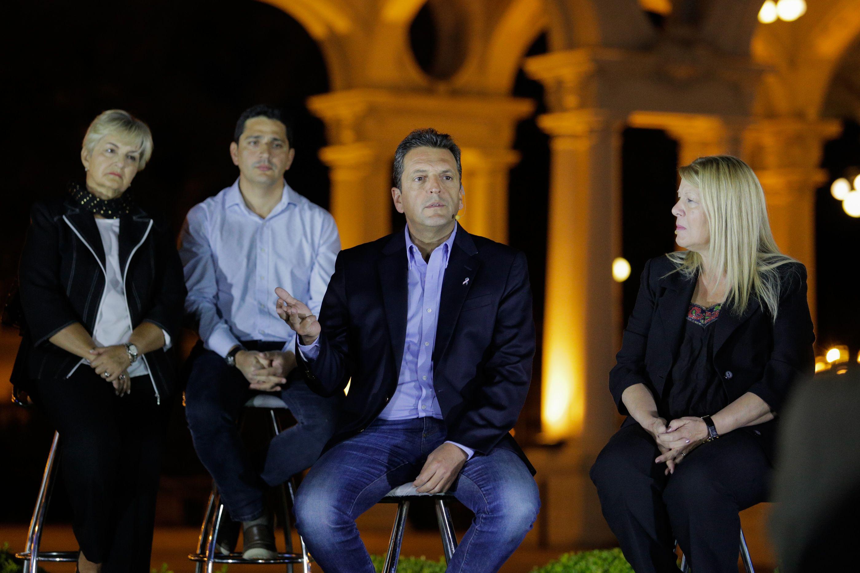 Sergio Massa y Margarita Stolbizer encabezaron una conferencia de prensa