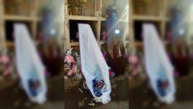 La chica murió el miércoles pasado, fue enterrada y ahora no está