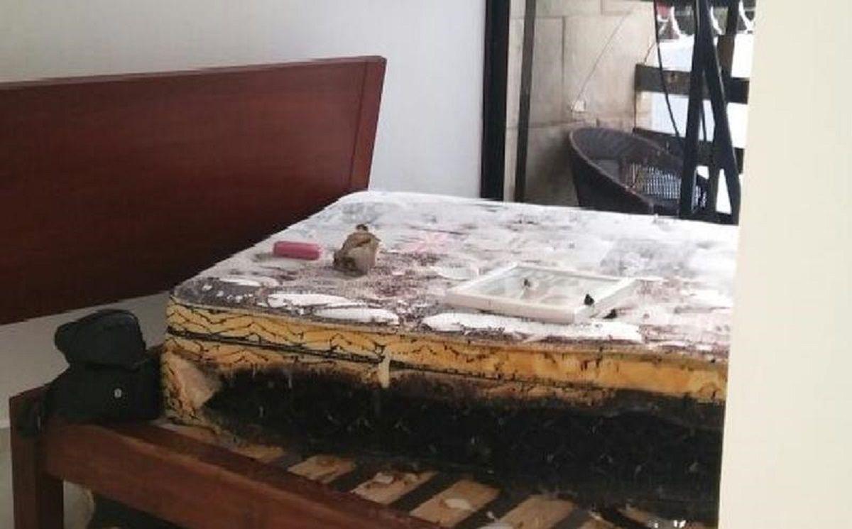 Así quedó la habitación del departamento alquilado por las dos turistas argentinas.