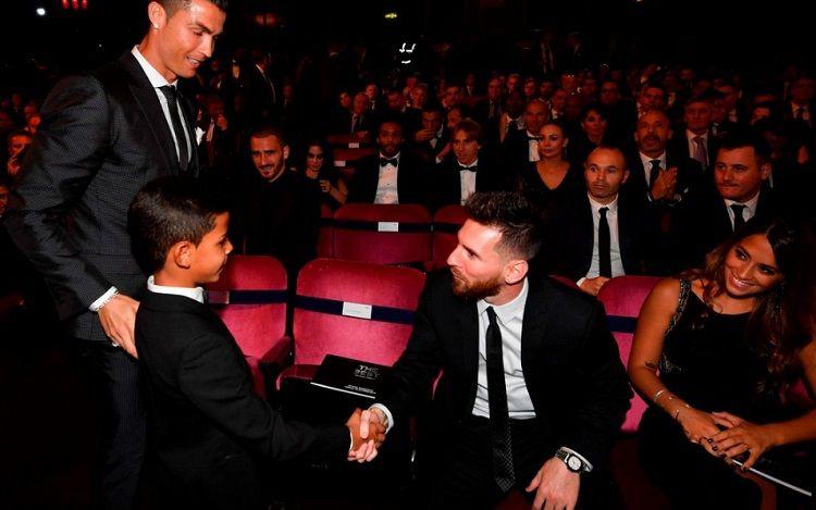 La foto del hijo de Cristiano Ronaldo y Messi que dio la vuelta al mundo