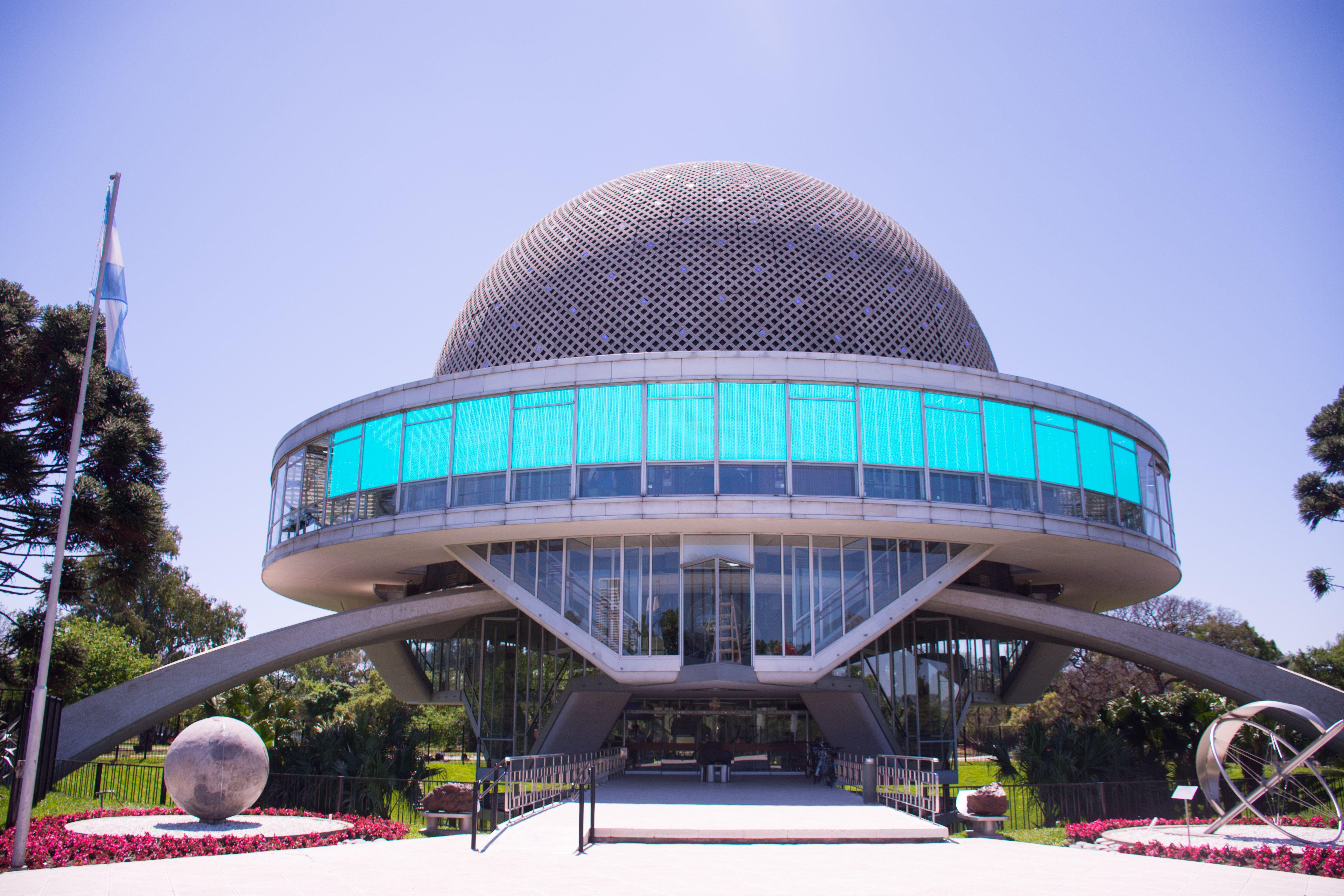 Así quedó el Planetario después de la renovación: robots  y realidad virtual