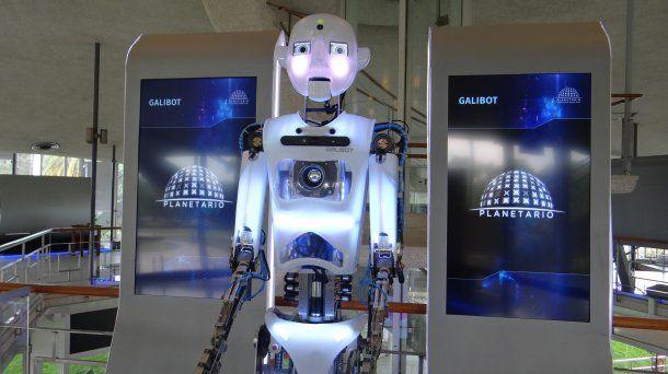 El nuevo planetario tiene un robot interactivo Galibot, único en Latinoamérica