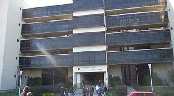 El Centro de detención de menores queda a metros de los tribunales de Lomas de Zamora