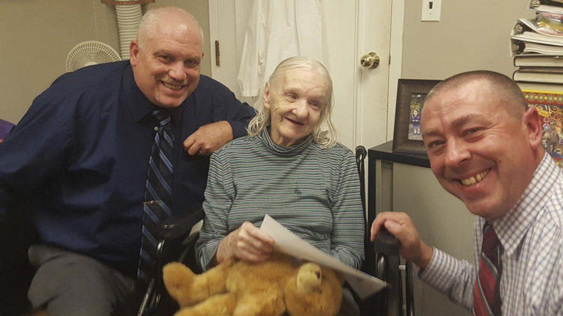 Flora Stevens apareció con vida 42 años después de que desapareciera