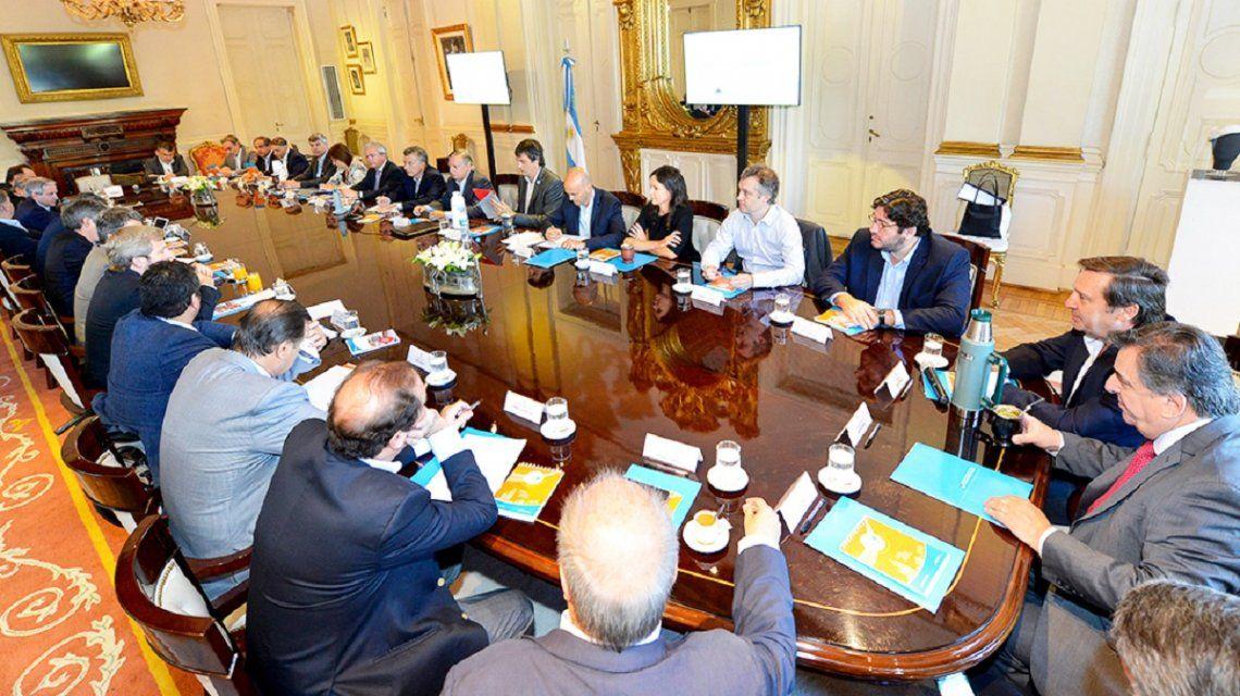 Dujovne súperministro: una por una, las nuevas funciones de los 13 hombres clave de Macri