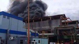 Susto en Ensenada por un incendio en una refinería de YPF