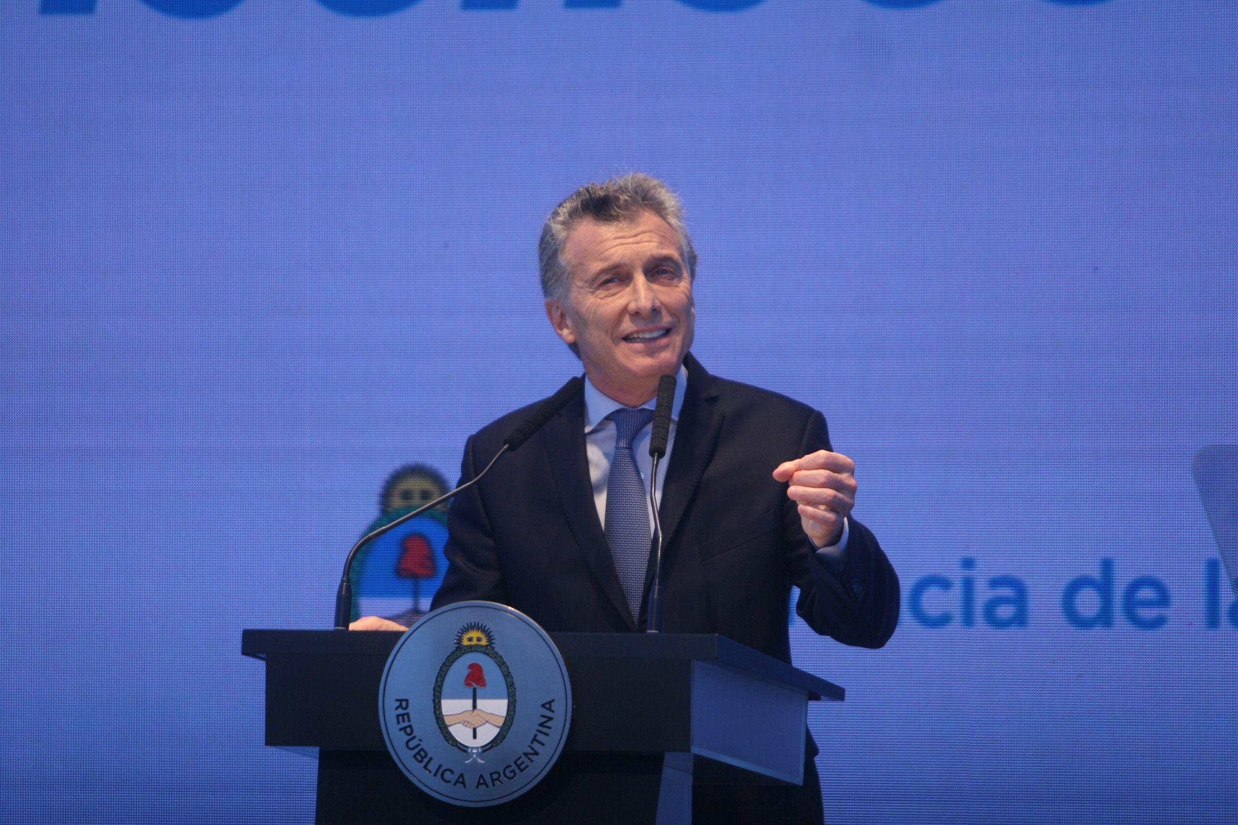Reforma laboral, nuevos impuestos y reducción de la inflación, los ejes del plan de Macri