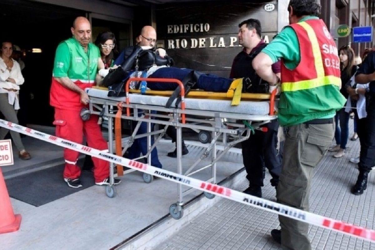 Siete personas resultaron heridas por el desplome de un ascensor