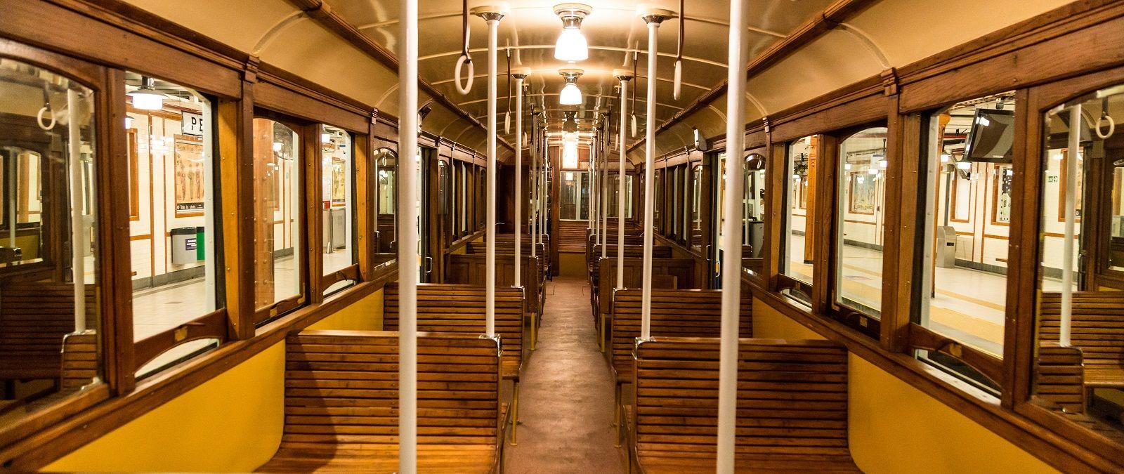 Volverán a circular los coches de más de 100 años de antigüedad de la Línea A