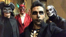 Este futbolista argentino se disfrazó para festejar Halloween: ¿quién es?