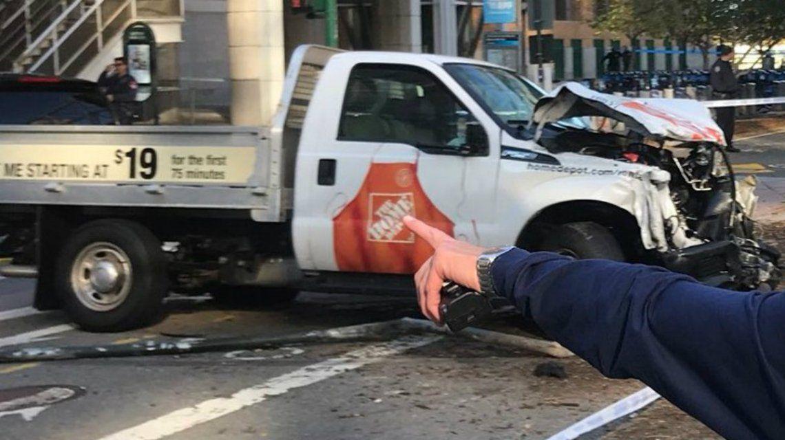 Uno de los vehículos afectados en el choque de este martes en Manhattan
