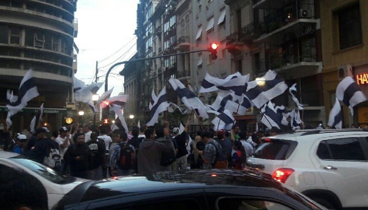 La manifestación fue pacífica (foto: Indios Quilmes)
