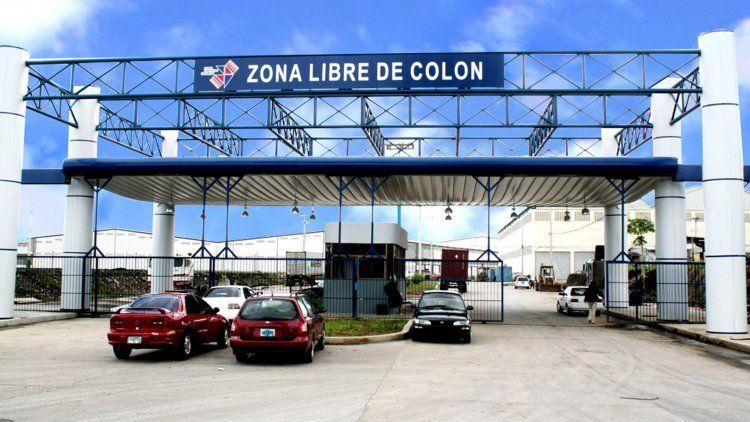 Entrada a la Zona Libre de Colón
