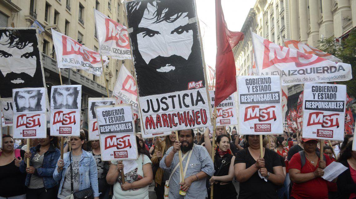 Multitudinaria marcha a tres meses de la desaparición y muerte de Santiago Maldonado