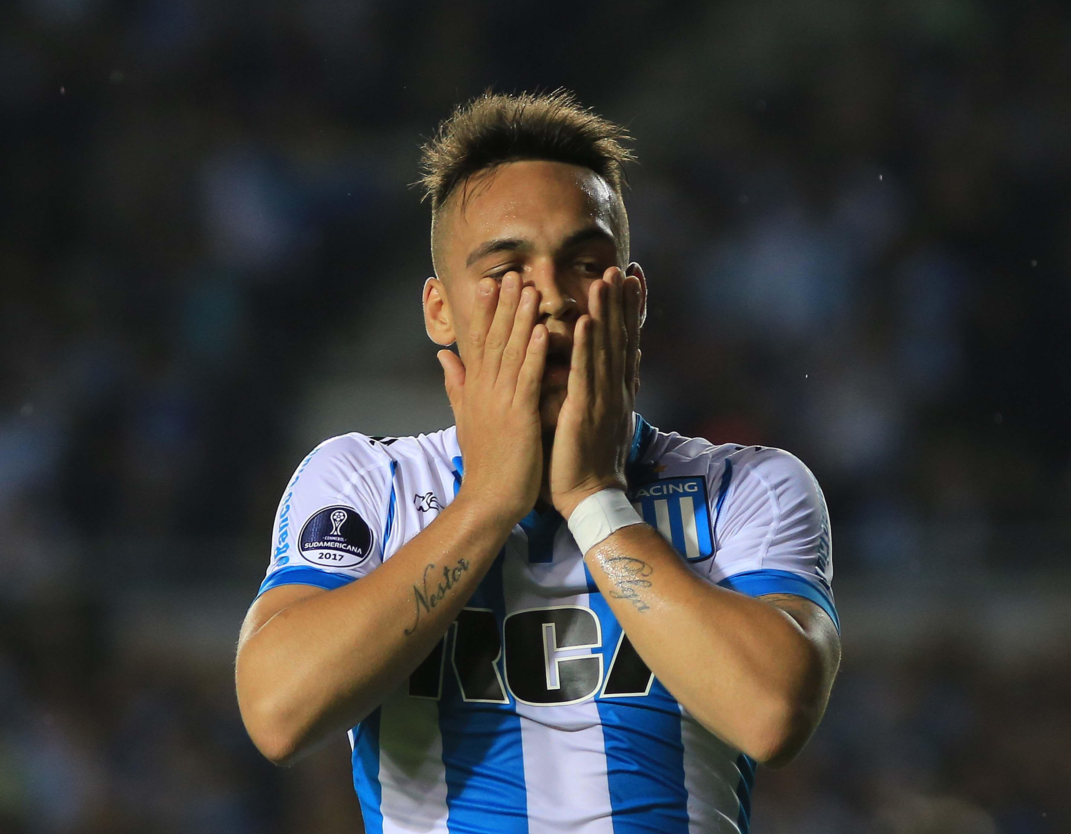 Racing rechazó una montaña de euros del Atlético de Madrid por Lautaro Martínez