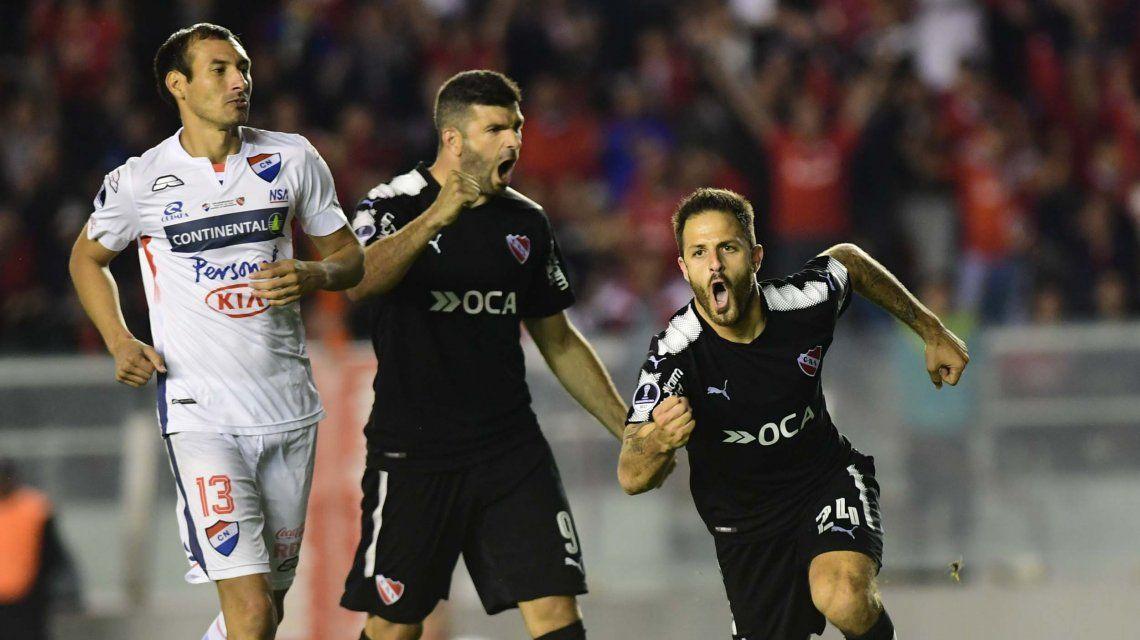 Victoria de Independiente ante Nacional de Paraguay