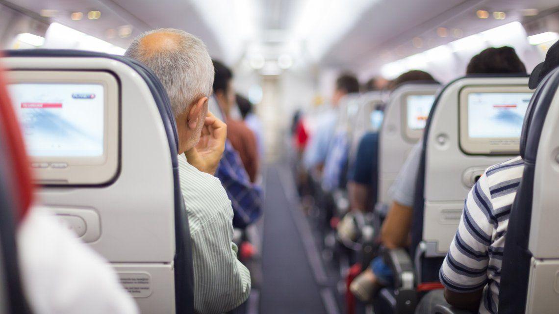 Para leer antes de viajar: 8 tips antes de subir al avión con adultos mayores