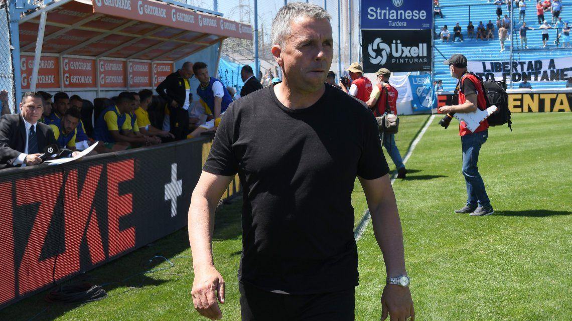 La 8º fecha dejó sin trabajo a un nuevo entrenador: Gustavo Álvarez se fue de Temperley