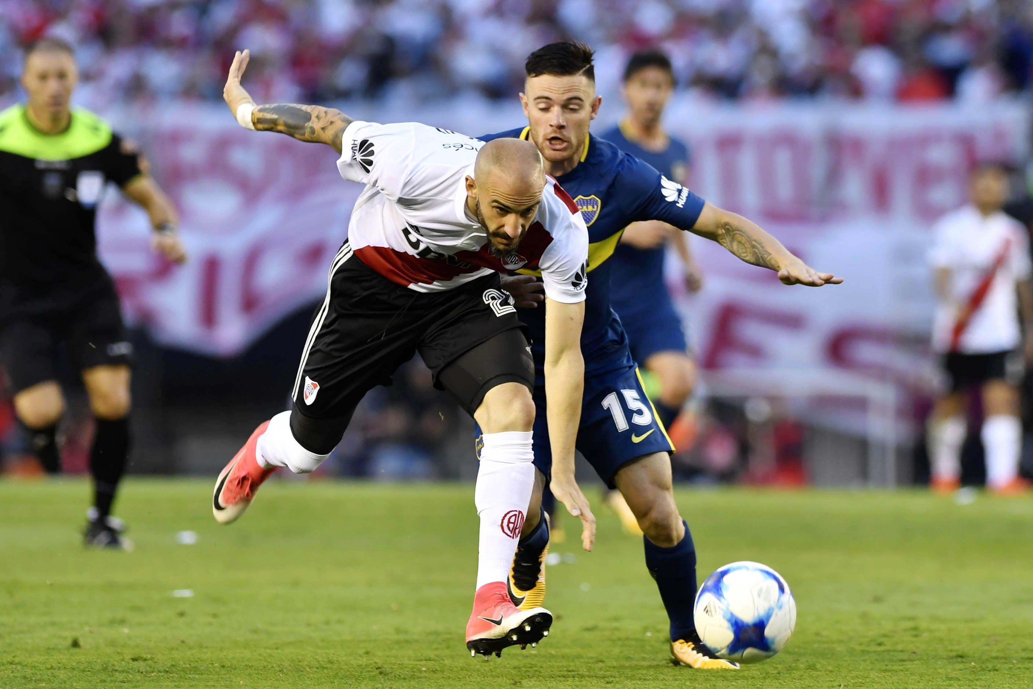 El uruguayo Nández convirtió el segundo de Boca