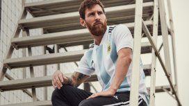 Messi, el principal modelo de la nueva casaca