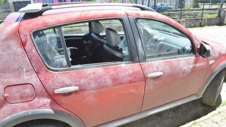El auto donde iba abril