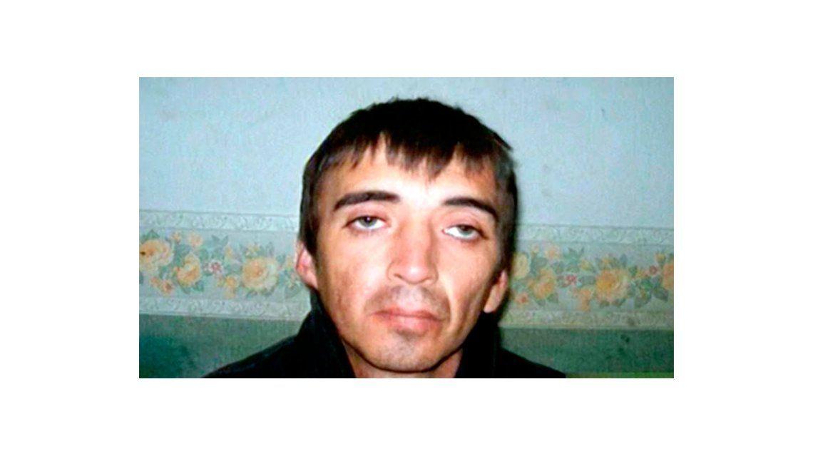 Diego Perotti se escapó en una salida transitoria y mató a una familia entera.