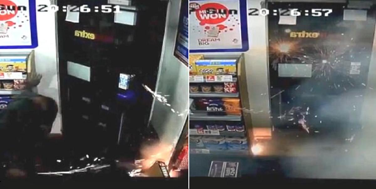 VIDEO: Empleados son atacados con fuegos artificiales dentro de un local