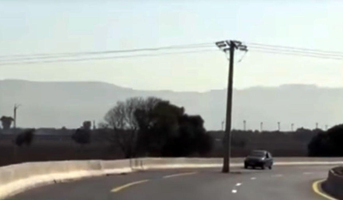 El grosero error de construcción en una autopista de Argelia